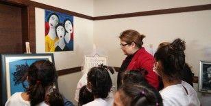 Bakan Derya Yanık, Dünya Kız Çocukları Günü'nde kız çocukları ile bir araya geldi