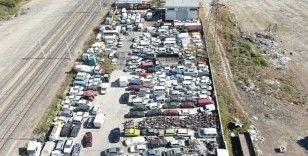 Milyonlarca liralık araçlar otoparklarda çürüyor