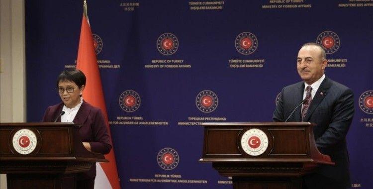 Çavuşoğlu: Önümüzdeki süreçte bazı diğer dışişleri bakanlarıyla beraber Kabil'e gitmeyi planlıyoruz