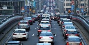 Belçika'daki 600 bin aracın yıl başından itibaren başkente girmesi yasak olacak