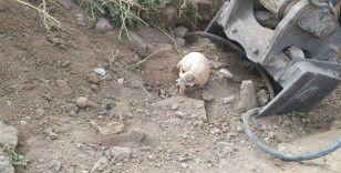 Ankara'da yol çalışması sırasında Belediye ekipleri insan kemikleri bulundu