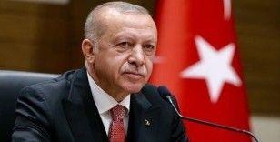 Cumhurbaşkanı Erdoğan, telefonla Hollanda'daki UDB yöneticileri ve Türk gazetecilere seslendi