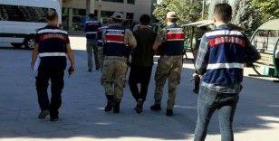 Kilis ile Gaziantep'te PKK ile DEAŞ'lı 2 terörist yakalandı