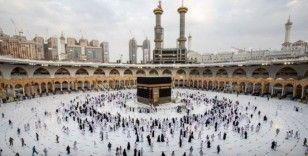 Suudi Arabistan'da Mescid-i Haram ve Mescid-i Nebevi tam kapasite ibadete açılıyor