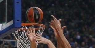 Anadolu Efes üst üste dördüncü maçından mağlubiyetle ayrıldı