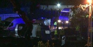 Metro şantiyesinde işçileri tünele indiren vincin halatı koptu: 3 işçi yaralı