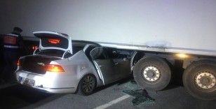 Emekli Emniyet Müdürü ve oğlu trafik kazasında yaşamını yitirdi