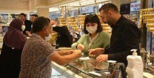 Fiyatlar yükseldi, 1 günde 1.5 milyonluk altın bozdurdular