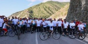 Suriyeli ve Türk vatandaşlar kardeşlik için pedal çevirdi