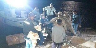 Baraj ortasındaki adada mahsur kalan öğretmen kurtarıldı