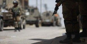 İsrail güçleri Batı Şeria ve Doğu Kudüs'te 10 Filistinliyi gözaltına aldı