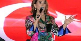 Azerbaycan'ın güçlü sesi 'Azerin' Şanlıurfalılarla buluştu