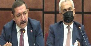 Muhtarlar Gününde Hakan Çölez ile Galip Vidinlioğlu arasında gerginlik yaşandı