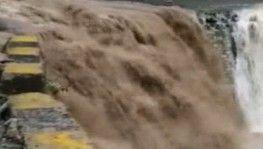 Hindistan'da sel ve toprak kayması