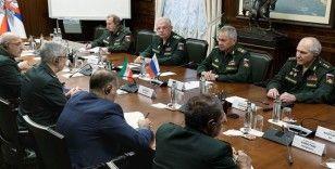 """Rusya Savunma Bakanı Şoygu: """"Rusya ve İran, uluslararası terörle aktif olarak mücadele ediyor"""""""