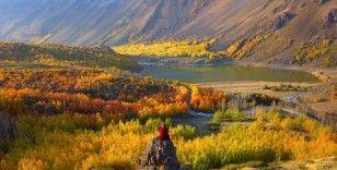 Sonbahar renkleriyle büyüleyen Nemrut Krateri doğal fotoğraf stüdyosu oldu