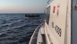 İzmir açıklarında 25 göçmen kurtarıldı