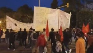 Yunanistan'da muhalifler Fransa ile yapılan savunma anlaşmasını protesto etti