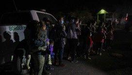 ABD-Meksika sınırında son bir yılda 1,7 milyon düzensiz göçmen yakalandı