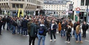 Belçika'da polisler, maaş ve emeklilik hakları konularında hükümeti protesto etti