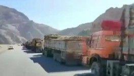 Afganistan-Pakistan sınırında uzun tır kuyrukları oluştu