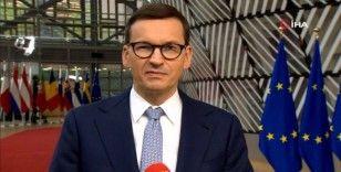 """Polonya Başbakanı Morawiecki: """"AB'nin şantaj baskısı altında hareket etmeyeceğiz"""""""