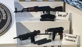 Eylem planı deşifre olan DHKP/C terör örgütünden ele geçirilen silahlar emniyette sergilendi