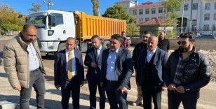 Van Büyükşehir Belediyesi Genel Sekreteri Mehmet Fatih Çelikel Gevaş ilçesindeki cadde çalışmalarını inceledi