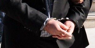 İzmir'de HDP ilçe başkanlarına gözaltı