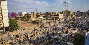 Sudan'daki protestolarda 35 kişi yaralandı