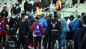 Sivasspor-Adana Demirspor maçı bitti tünelde tartışma çıktı