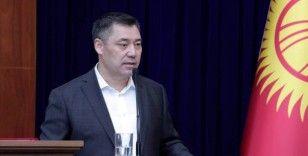 Kırgızistan Cumhurbaşkanı Caparov, Özbekistan Cumhurbaşkanı Mirziyoyev'i tebrik etti