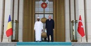 Cumhurbaşkanı Erdoğan Çad Geçiş Dönemi Devlet Başkanı Itno'yu resmi törenle karşıladı